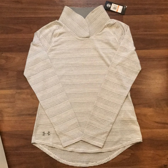 """ab5aa0b2be NWT Women's Under Armour """"Zinger"""" Pullover - Small NWT"""